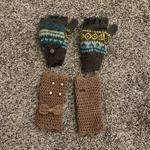 Accessories - Knitted mittens!